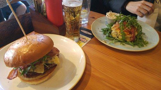 Bobos Burgers Restaurant: 20180420_142111_large.jpg