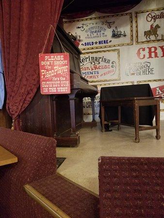 Ogallala, NE: Front Street Steakhouse