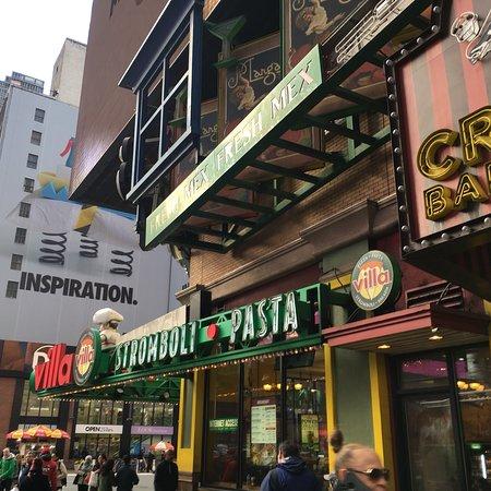 Starbucks new york 1460 bdwy midtown restaurant avis - Avis new york ...