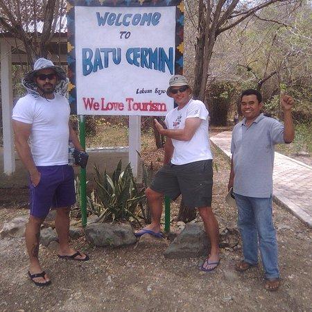 Komodo, Indonesien: Wisatawan yang Mengunjungi Batu Cermin Di Labuan Bajo Flores