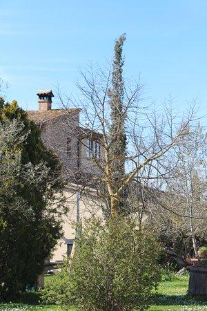 Giano dell'Umbria, Italien: The main farmhouse.