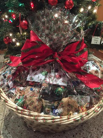 Irving's Market: Holiday and special occasion gift baskets!