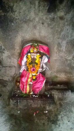 Srikakulam, الهند: ANOTHER DEITY IN THE COMPLEX