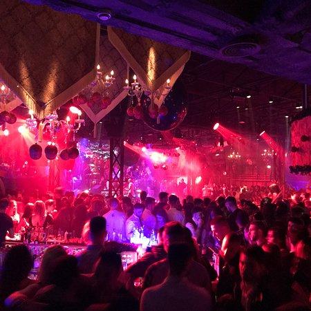 Lohan Nightclub: photo4.jpg