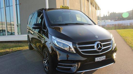 Canton of Lucerne, Switzerland: Mercedes V-Klasse Long 2018