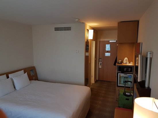 Novotel Zurich Airport Messe: 20180419_115837_large.jpg