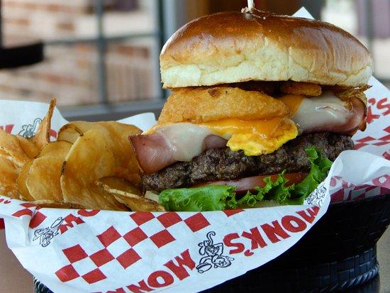 Verona, WI: Big Ten Burger