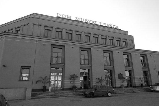Dom Muzyki i Tanca