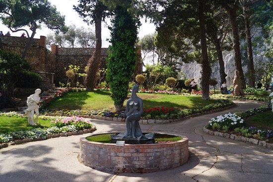 Giardini di Augusto: Gardens