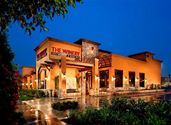 The Winery Restaurant & Wine Bar, Tustin