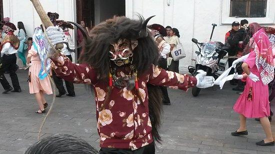 Pillaro, الإكوادور: One of their famous davils on parade