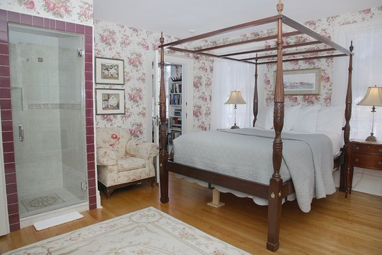 Hopewell Junction, NY: Valerie Ann Guest Room