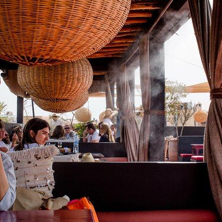 Terrasse des epices: Le Restaurant la Terrasse des épices et ces boutiques.