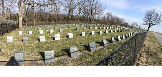 Liberty, MO: Odd Fellows' Home Cemetery.