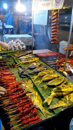 Putatan, Μαλαισία: night market