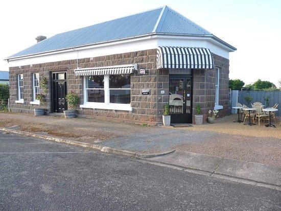 Gaudenzi Wine Bar, Penshurst, Victoria, Australia.