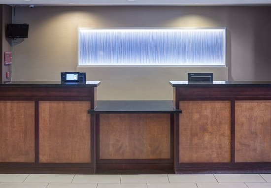 Fairfield Inn & Suites Phoenix Chandler/Fashion Center: Lobby