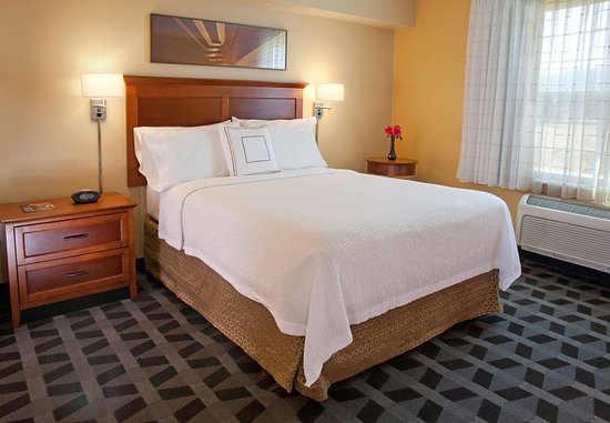 TownePlace Suites Medford: Guest room
