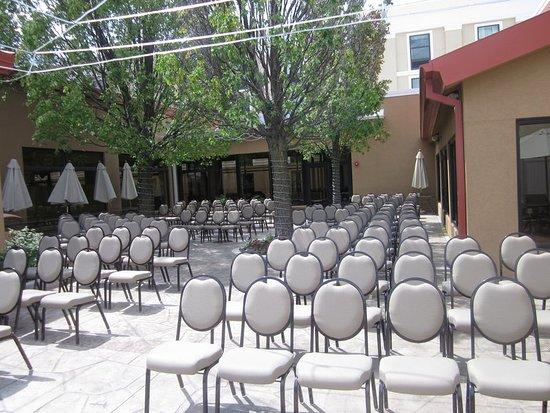 Holiday Inn Gurnee Convention Center: Property amenity