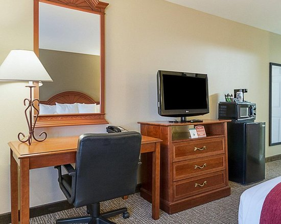 Sonora, TX: Guest room
