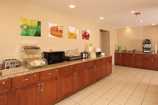 Quality Inn Oakwood: Restaurant