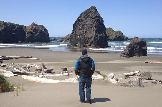6-Day Northern Pacific Coast Adventure Tour from Seattle to San...