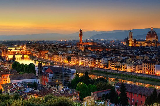 SEMI-PRIVATE: Florence by night and