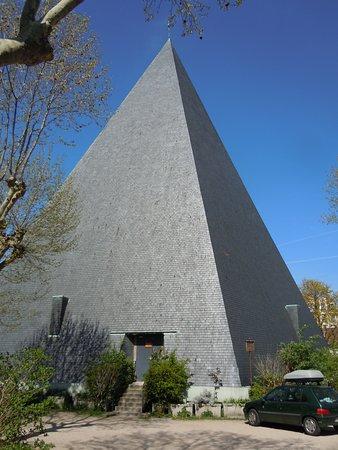 Eglise Saint Marc des Bruyeres