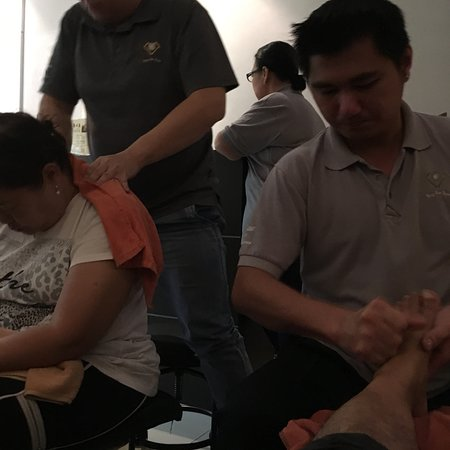 ‪Yang Xin Dian Foot Reflexology‬