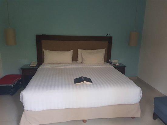Puri Mesari Hotel & Suites: 20180412_172414_large.jpg