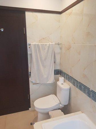 Puri Mesari Hotel & Suites: 20180412_172341_large.jpg