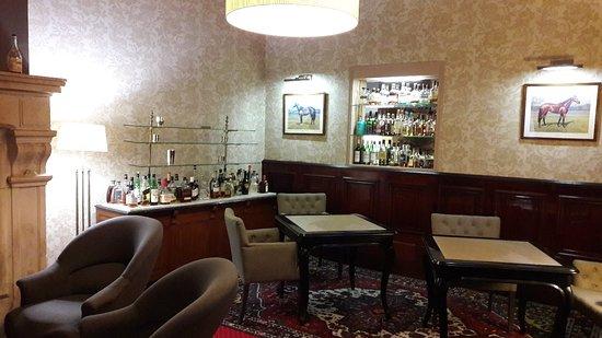 Hotel Le Relais d'Aumale : 20180416_202316_large.jpg