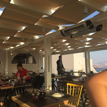 Petros Restaurant: photo1.jpg