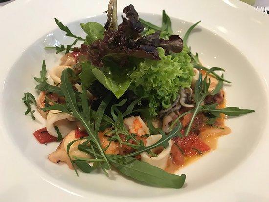 Sala Bistro: Warm seafood salad