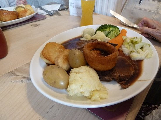 Roast beef - Picture of The Brown Cow, Dalton-in-Furness - TripAdvisor