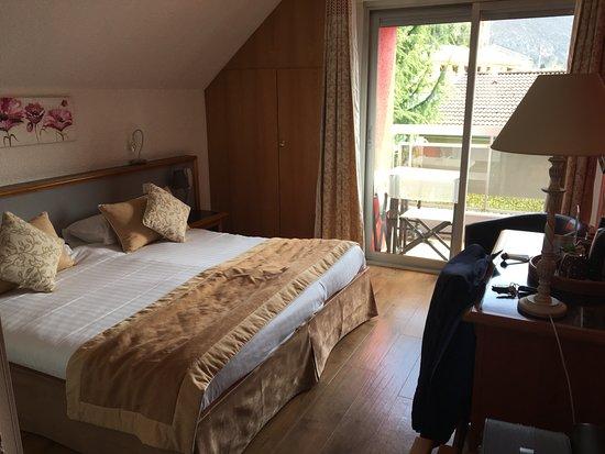 Hotel Le Flamboyant Photo