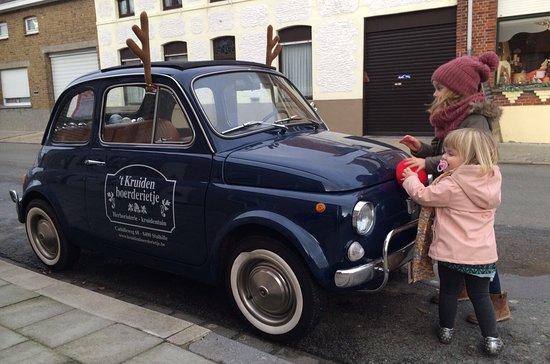 Jabbeke, Belgium: autootje op kindermaat