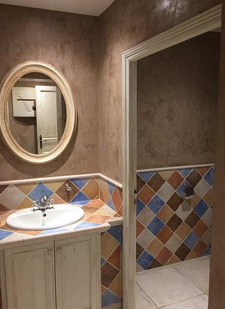 la vieille auberge villeneuve le comte restaurantanmeldelser tripadvisor. Black Bedroom Furniture Sets. Home Design Ideas