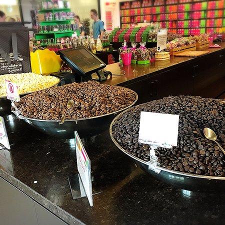Yarra Valley Chocolaterie & Ice Creamery, photo1.jpg
