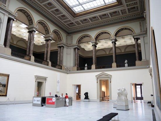 Museum of Modern Art (Musee d'Art Moderne)