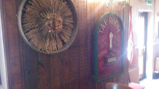 The Huntsman Country Inn & Restaurant: Decor