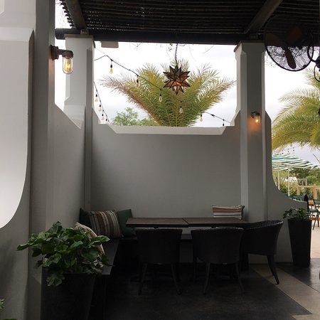 Alys Beach, FL: Lovely outdoor setting and fabulous coffee!