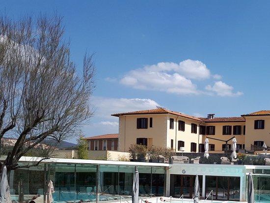 Terme di San Giovanni Rapolano : Piscina termale esterna riservata ospiti hotel