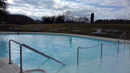 Terme di San Giovanni Rapolano : Piscina esterna riservata ospiti hotel