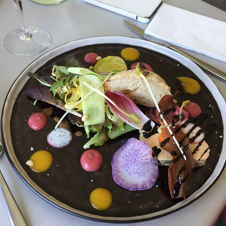 Estarvielle, France: Très bon restaurant
