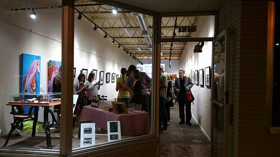 Evening art reception at the 1818 Arthouse.