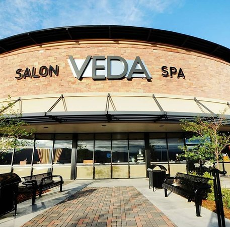 ‪Veda Salon & Spa‬