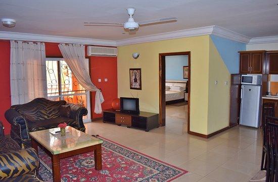 Complete Woon Eetkamer.Woon Eetkamer En Keuken Van Het De Luxe Appartement E2 Picture