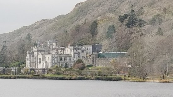 CIE Tours: Kylemore Abbey ... one of our many favorite stops!