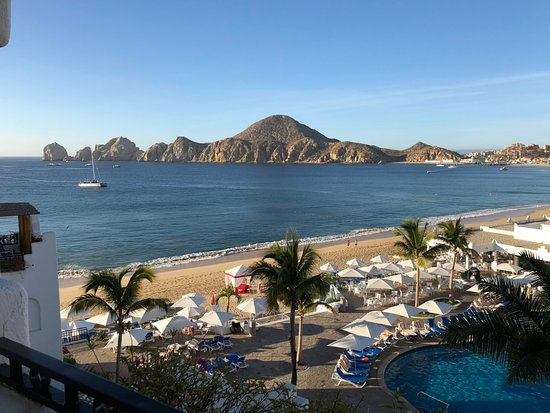 Pueblo Bonito Los Cabos Beach Resort: view from our balcony